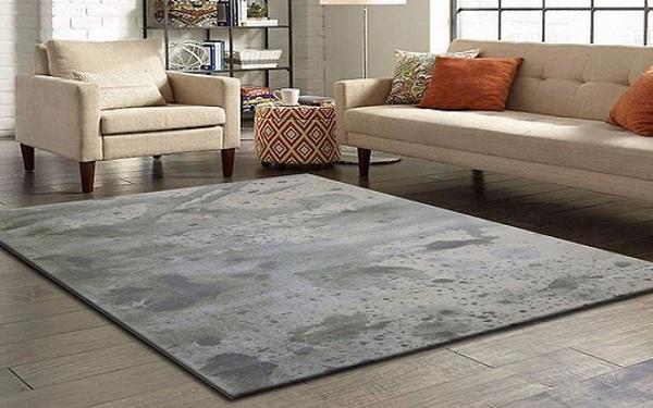 Những tấm thảm cần có kích cỡ phù hợp và cân đối với tổng thể diện tích của căn phòng