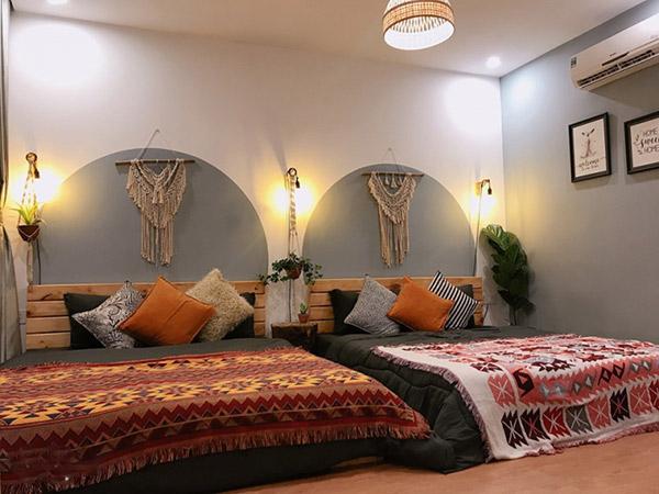 Màu sắc thổ cẩm rực rỡ là đặc điểm nhận dạng của phong cách Bohemian