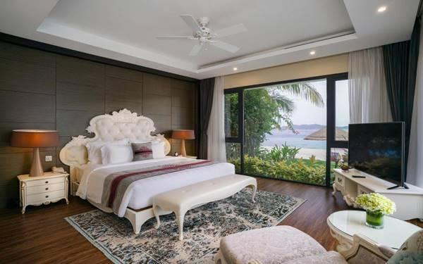Phòng ngủ reosrt với thiết kế tân cổ điển độc đáo