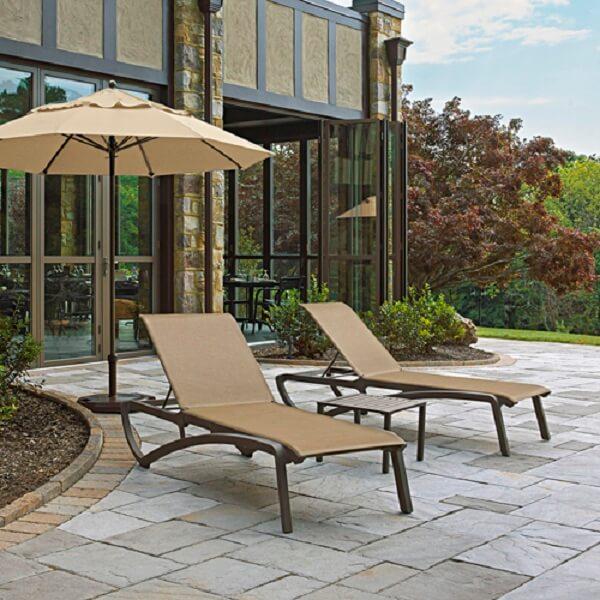 Với đa dạng về phong cách thiết kế, ghế bể bơi sẽ đáp ứng được mọi nhu cầu của khách hàng