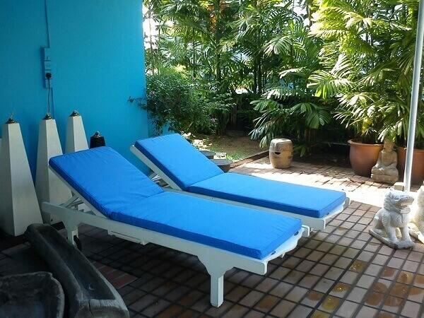Những mẫu ghế bể bơi mà Poliva cung cấp sẽ có mức giá cả cạnh tranh, hấp dẫn trên thị trường