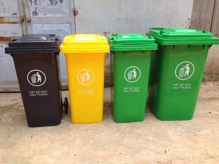 Top các loại thùng rác thích hợp để đặt tại bờ biển