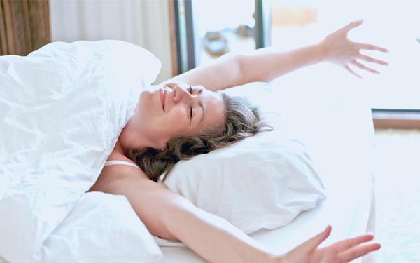 Nên phơi khô gối trước khi sử dụng để có giấc ngủ ngon nhất
