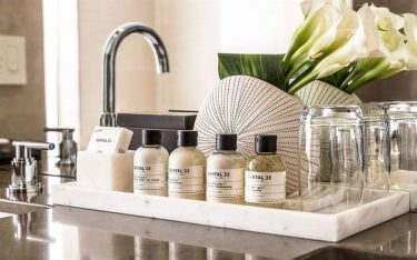 Bất ngờ trước công dụng khay amenities trong khách sạn, resort