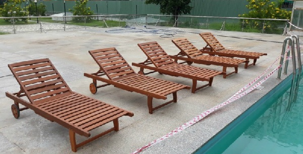 Chất liệu gỗ này được chọn lọc kỹ càng nhằm hạn chế khả năng ghế bị hỏng hóc và sâu mọt