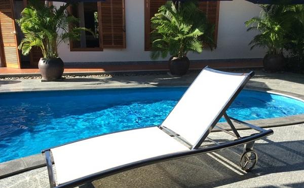 Hãy ghé Poliva để lựa chọn được những mẫu giường bể bơi inox chất lượng cao và phù hợp với mong muốn nhất
