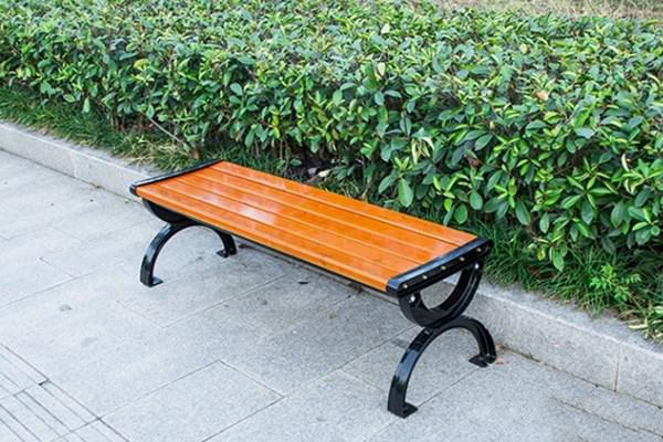 Ghế gỗ công viên màu vàng nhạt tự nhiên