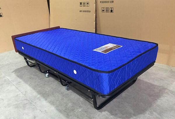 Hình ảnh thật của mẫu giường phụ khách sạn nệm lò xo GP01
