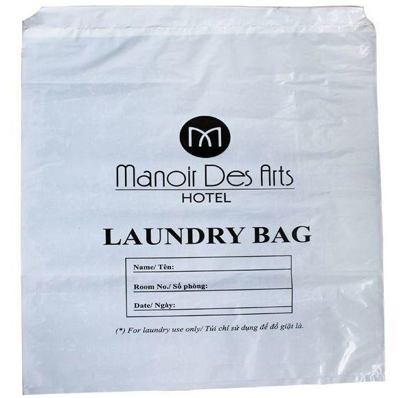 In logo lên túi giặt là là điều cần thiết đặc biệt đối với khách sạn cao cấp