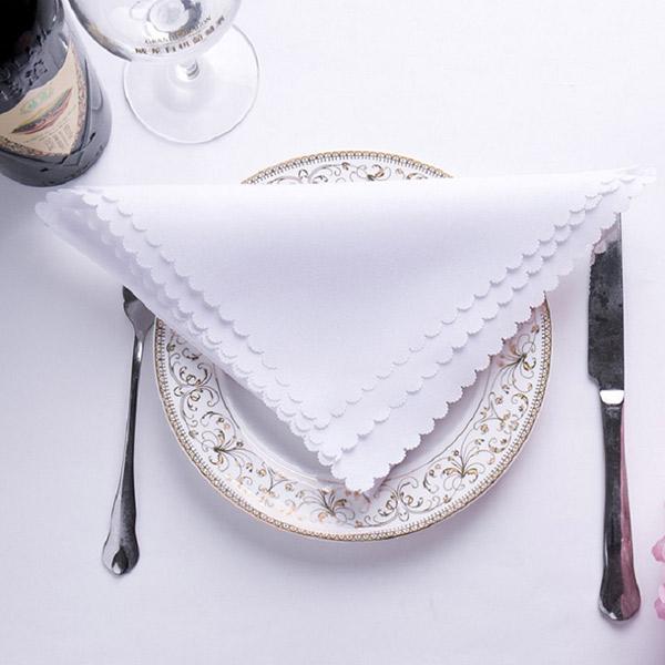 Khăn ăn giúp bữa ăn của khách thêm phần lịch sự, sang trọng