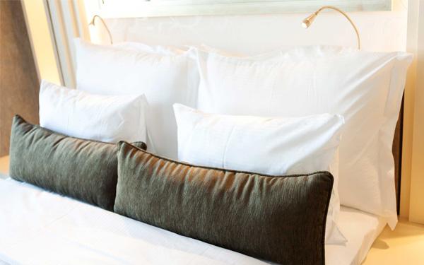 Tiêu chuẩn kích thước gối khách sạn là vấn đề cần được quan tâm hàng đầu