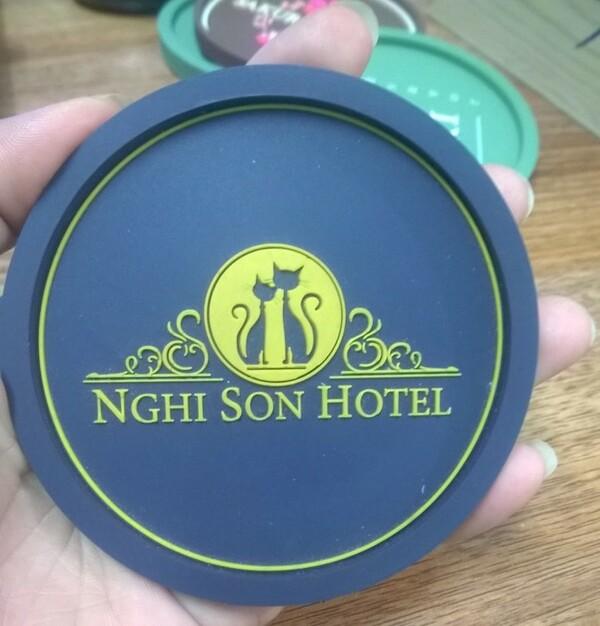 Lót ly của Nghi Son Hotel sang trọng, độc đáo từ chất liệu cao su nhựa dẻo