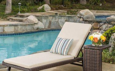 Kinh nghiệm chọn màu sắc giường bể bơi phù hợp với thiết kế không gian