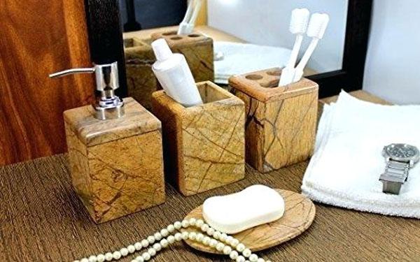 4 kinh nghiệm chọn mua bộ đồ chất liệu resin phòng tắm khách sạn