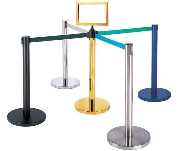 Có nhiều mẫu cột chắn inox khác nhau cho khách hàng lựa chọn