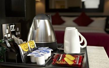 Mua đường gói tinh luyện khách sạn cần lưu ý những gì?