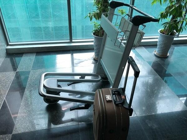 Paloca còn cung cấp cả những mẫu xe đẩy hành lý tại các resort, sân bay