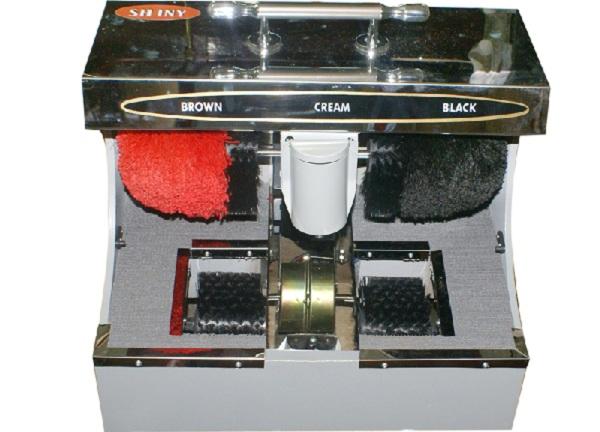 Trường hợp máy đánh giày bị trục trặc và không thể lấy được xi diễn ra rất phổ biến và thường xuyên