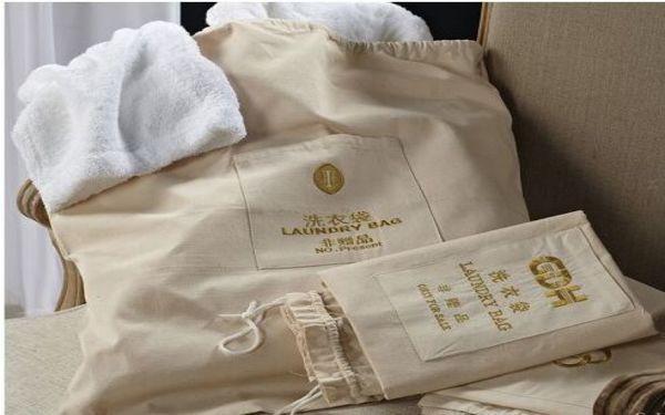 Túi giặt là khách sạn là gì? Túi giặt có những công dụng nào?