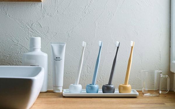 bàn chải đánh răng kém chất lượng