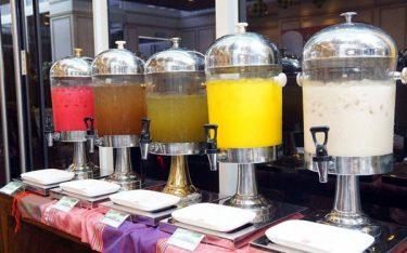 Kinh nghiệm chọn mua bình đựng nước ép cho các nhà hàng, khách sạn
