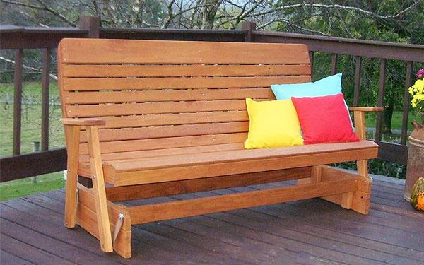 Ghế băng gỗ ngoài trời là sản phẩm được dùng nhiều trong khách sạn, resort hiện nay