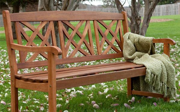 Thiết kế ghế công viên bằng gỗ đẹp, đơn giản nhưng sang trọng