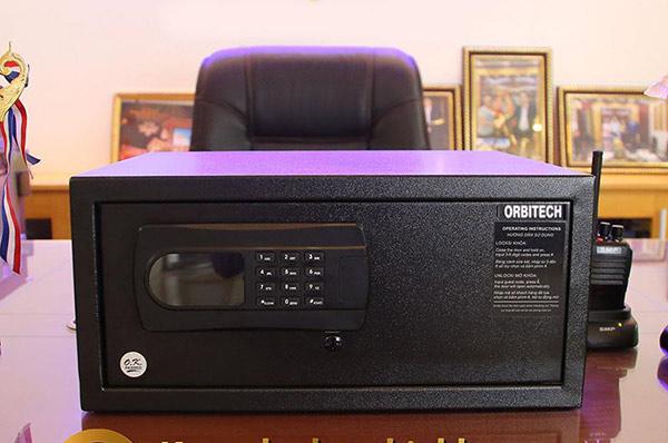 Két sắt mini khách sạn Orbitech khóa chốt điện tử
