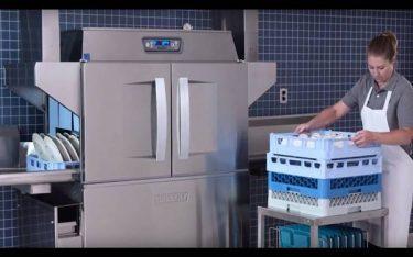 Sử dụng máy rửa chén có sạch không hay rửa bằng tay sạch hơn?