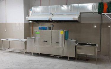 Máy rửa chén có tốt không? Có nên mua máy rửa bát công nghiệp không?