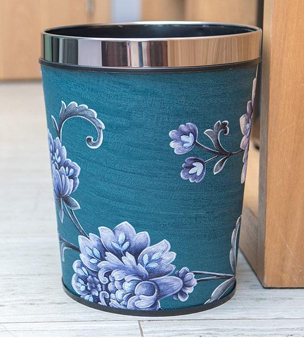 Thùng rác không nắp, bề mặt sang trọng với hoa văn hình hoa độc đáo