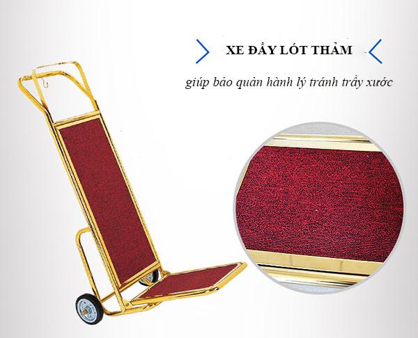 Mặt thảm nhung sẽ giúp giảm sốc, chống trầy cho hành lý