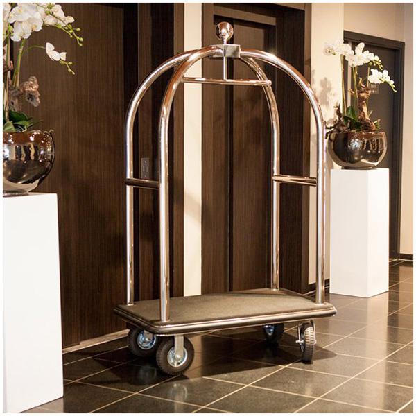 Thiết kế xe đẩy hành lý sang trọng trong các khách sạn