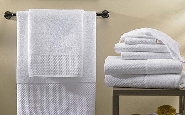 Nên sử dụng khăn khách sạn ra sao để đảm bảo sức khỏe bản thân?