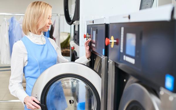 Hướng dẫn cách sử dụng máy giặt khô công nghiệp an toàn nhất