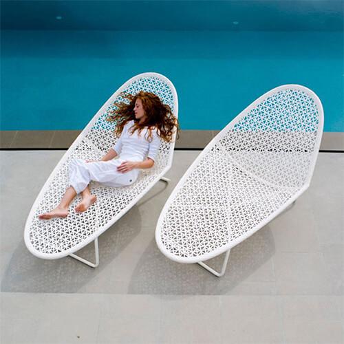 Ghế bể bơi ngoài trời