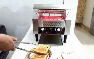 Máy nướng bánh mì băng chuyền là gì? Cách sử dụng ra sao?