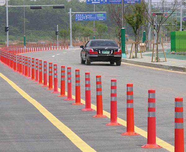 Cọc giao thông đảm bảo an toàn