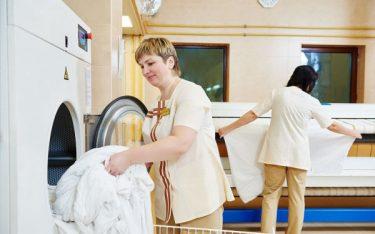 Điểm danh 5 thiết bị giặt là công nghiệp cần có trong khách sạn