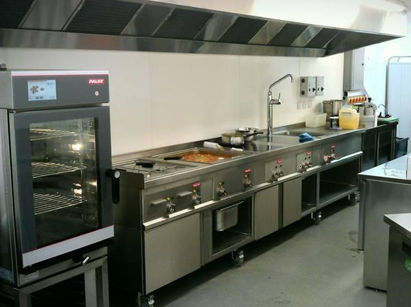 Hãy đầu tư những thiết bị bếp phù hợp với nhà hàng, khách sạn của mình về giá cả cũng như chất lượng