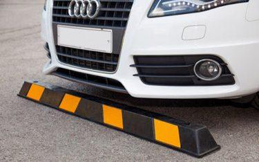Cục chặn bánh xe là gì? Tầm quan trọng của cục chèn bánh xe