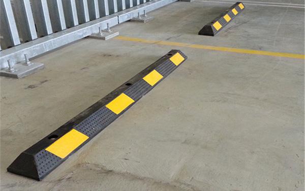 Poliva – Địa chỉ cung cấp cục chặn bánh xe uy tín trên thị trường