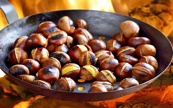 Nhâm nhi hạt dẻ Trùng Khánh thơm bùi quên luôn giá lạnh