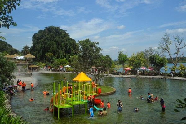 Khu vui chơi mặt nước cho trẻ