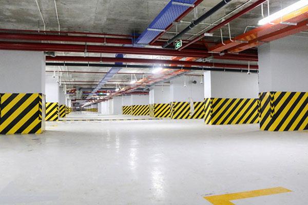Ốp phản quang được ứng dụng nhiều trong các công trình