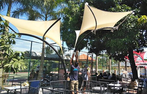 Thiết kế dù cánh dơi loại lớn đem lại không gian thoáng mát