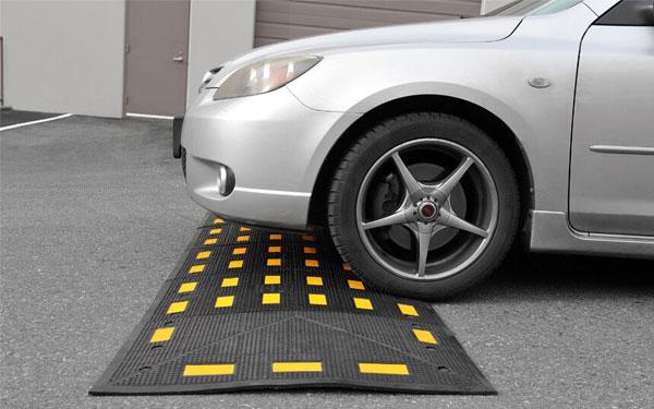 Tác dụng của gờ giảm tốc: Giảm tai nạn giao thông tới 50%