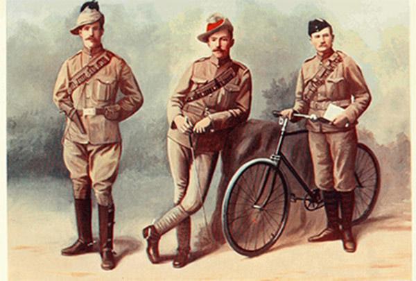 Vải kaki trước đây được sử dụng để may quân phục