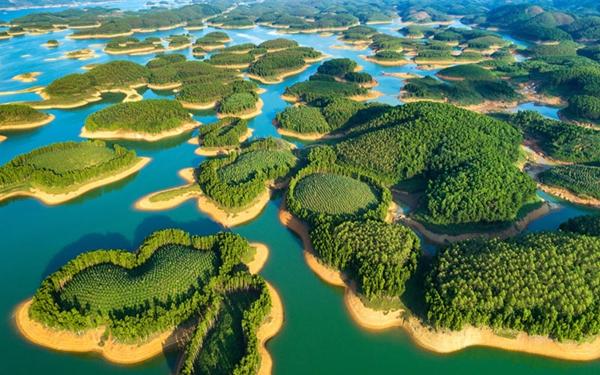 Hồ Thác Bà – Trải nghiệm du lịch hồ nhân tạo lớn nhất Việt Nam
