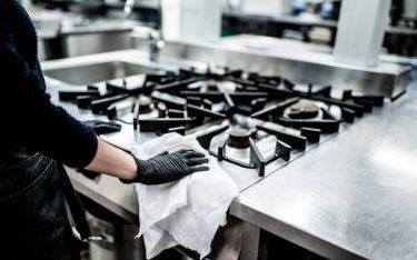 Hướng dẫn từ A-Z cách vệ sinh bếp gas công nghiệp sạch như mới